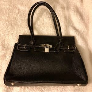 Handbags - Nice black handbag